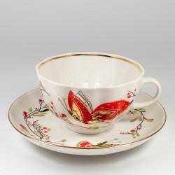 Чашка с блюдцем. Тюльпан. Бабочки.