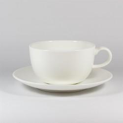 Чашка с блюдцем. Вариации. Белая.