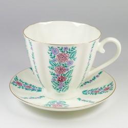 Cup&Saucer. Carnation. Daisy.