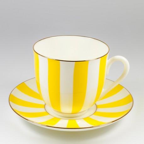 Csésze és alj. Gyöngyvirág. Igen és Nem (sárga).