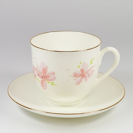 Чашка с блюдцем. Ландыш. Розовые цветы.