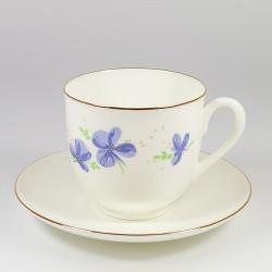 Чашка с блюдцем. Ландыш. Фиолетовые цветы.