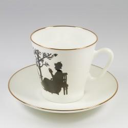 Чашка с блюдцем. Черный кофе.Семья.