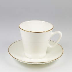 Чашка с блюдцем. Черный кофе. Золотой кантик.