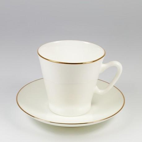 Csésze és alj. Fekete kávé. Arany szegélyke.